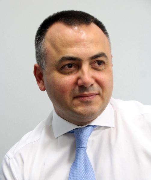 """IАлександър Нанков, собственик на фирма """"Алекс ОК"""", основен превозвач в общината: """"Ако не беше инж. Емануил Манолов, междуселищният транспорт вече щеше да е спрян"""""""