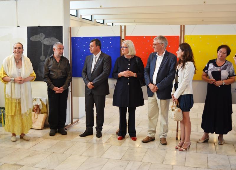 """IПосланикът на Финландия откри изложбата """"Павликени и светът"""""""