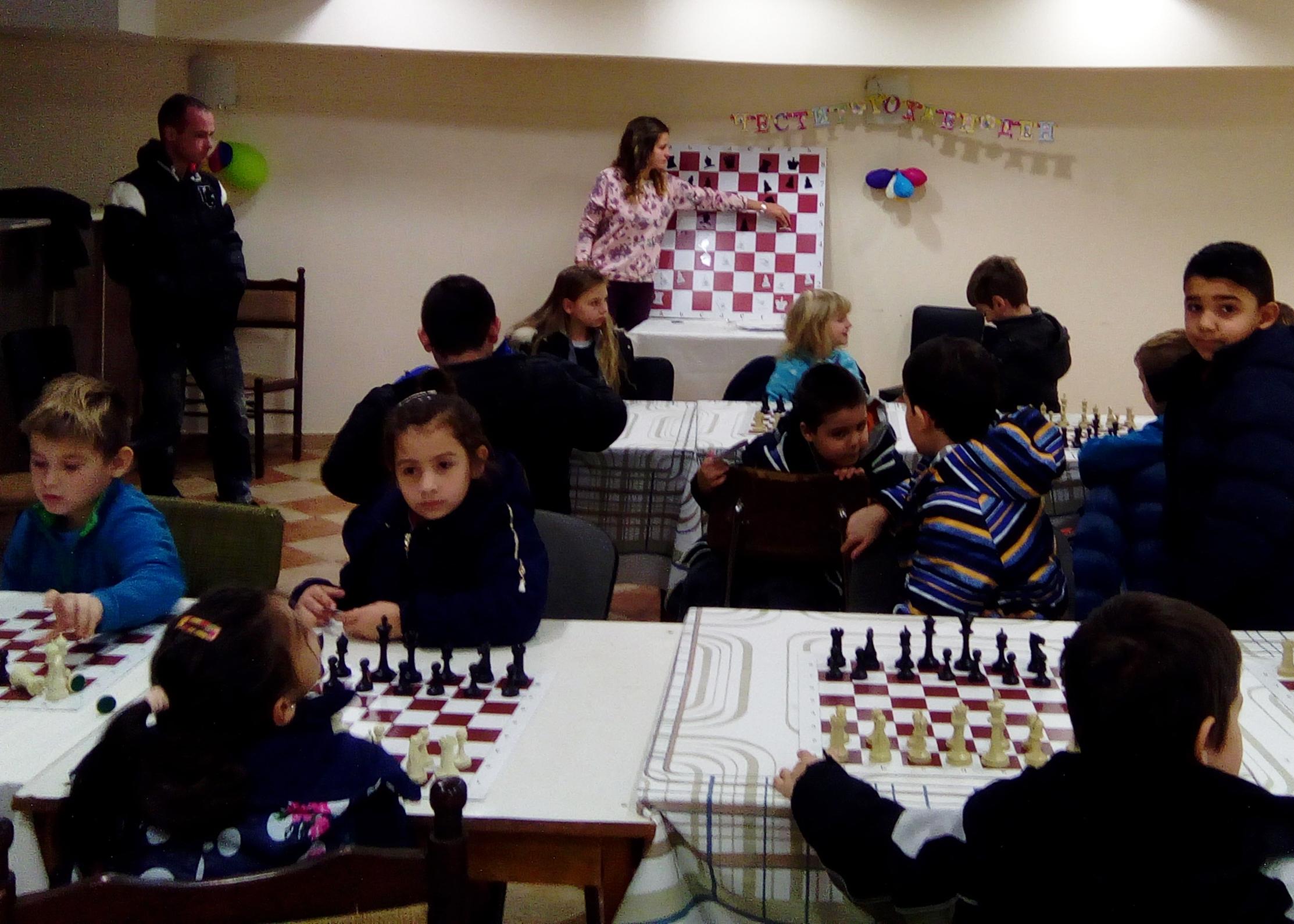 IСлед един месец тренировки Павликенските шахматисти завоюваха първите си медали