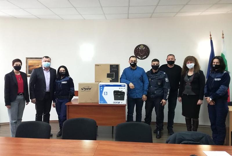 IОбщина Павликени предостави компютърна техника за районните полицейски инспектори