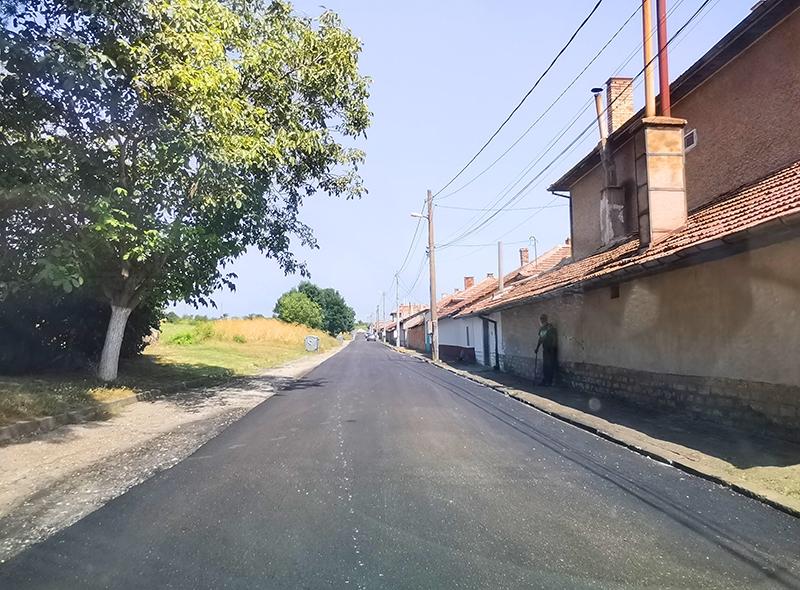 IНапредва ремонтът по девет улици в Павликени и една в Бяла черква